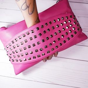 Ridiculously Cute Large Clutch W//Hand Strap